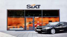 Etihad Airways and Sixt sign airport chauffeur partnership